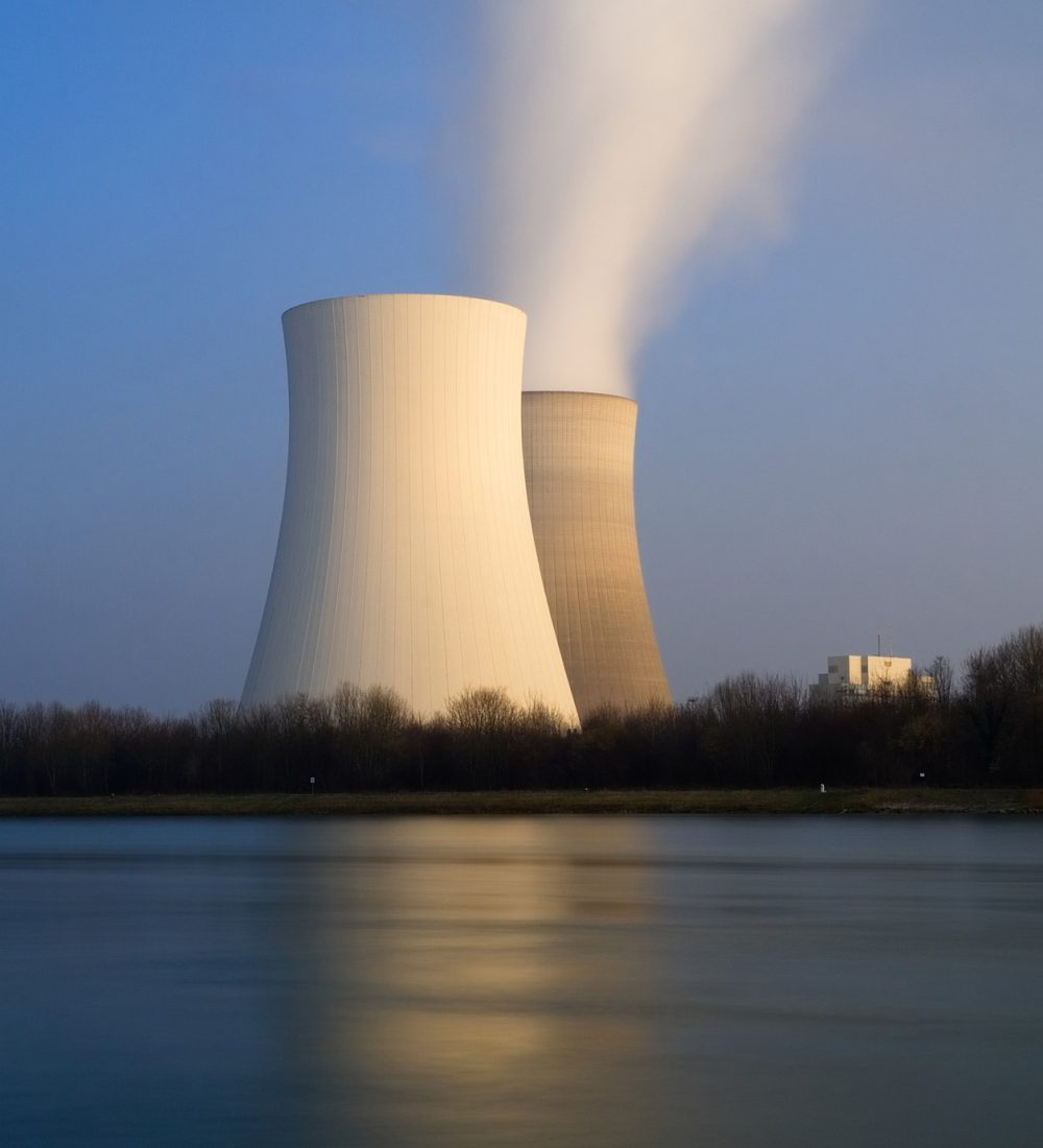 nuclear-power-plant-3145445